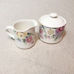 Patricia by Horchow stoneware sugar and creamer